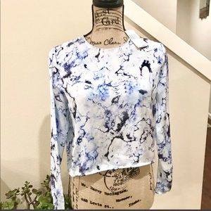 Beautiful marbled blouse from philosophy NWT!